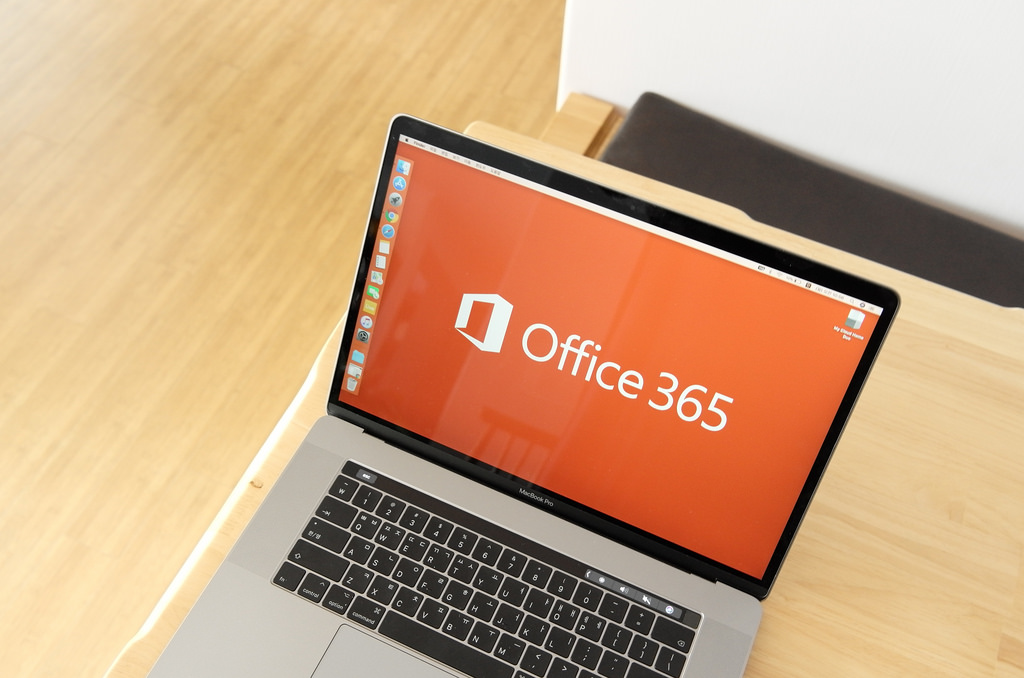 Microsoft et LinkedIn souhaitent favoriser la collaboration sur Office 365