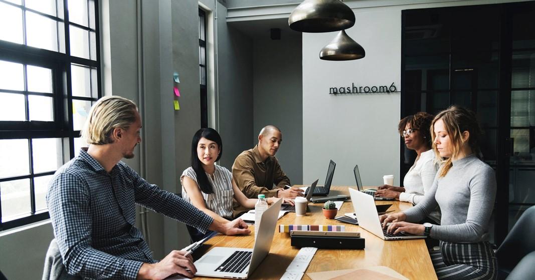 Travailler un jour par mois dans une autre entreprise ? C'est ce que cette start-up propose !
